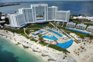 riu peninsula cancun hotel